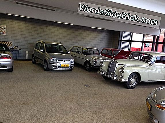 Achteruitkijkcamera'S Staan In 2018 In Alle Nieuwe Auto'S