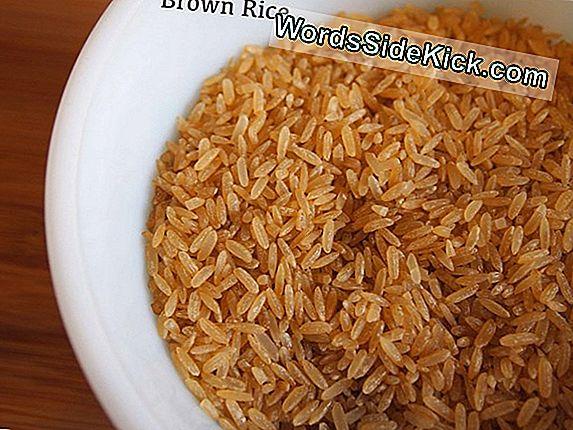 Brown Rice: Gezondheidsvoordelen En Voedingsfeiten