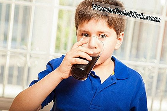 Sweet-Tooth Nation: Us Can Not Kick Soda Habit