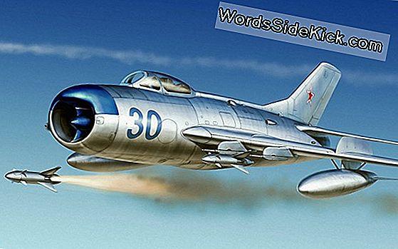 Jets En Rocket Flight